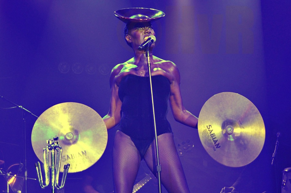 Ladies and gentlemen . . . Grace Jones!