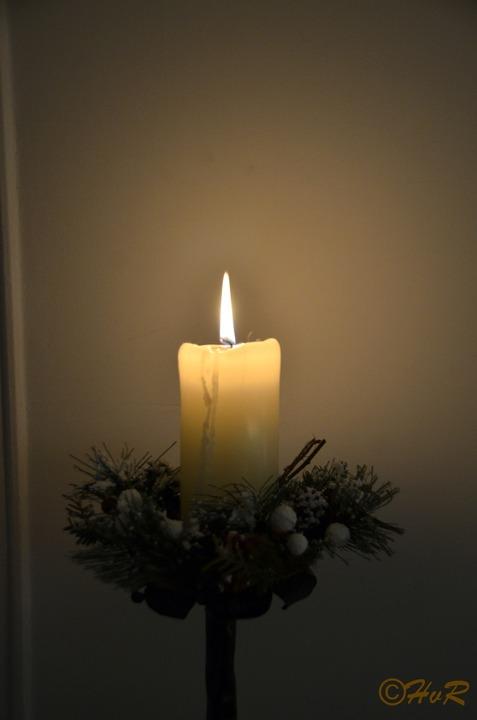 CHRISTMAS' LIGHT