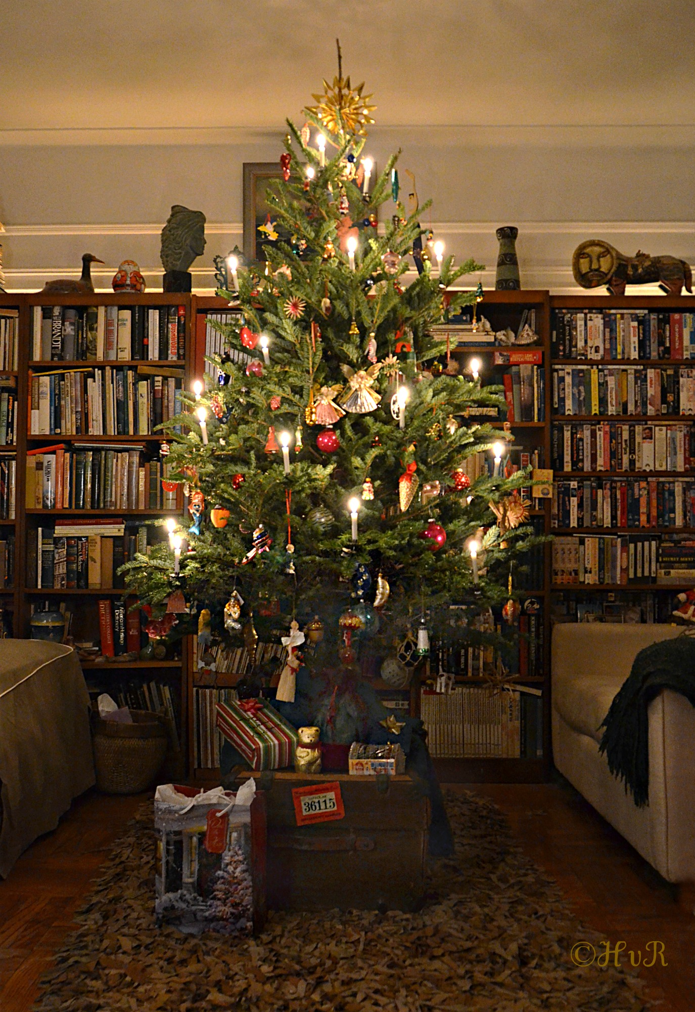 Photo of the day: MY OLD FASHIONED GERMAN CANDLE LIT CHRISTMAS TREE ...