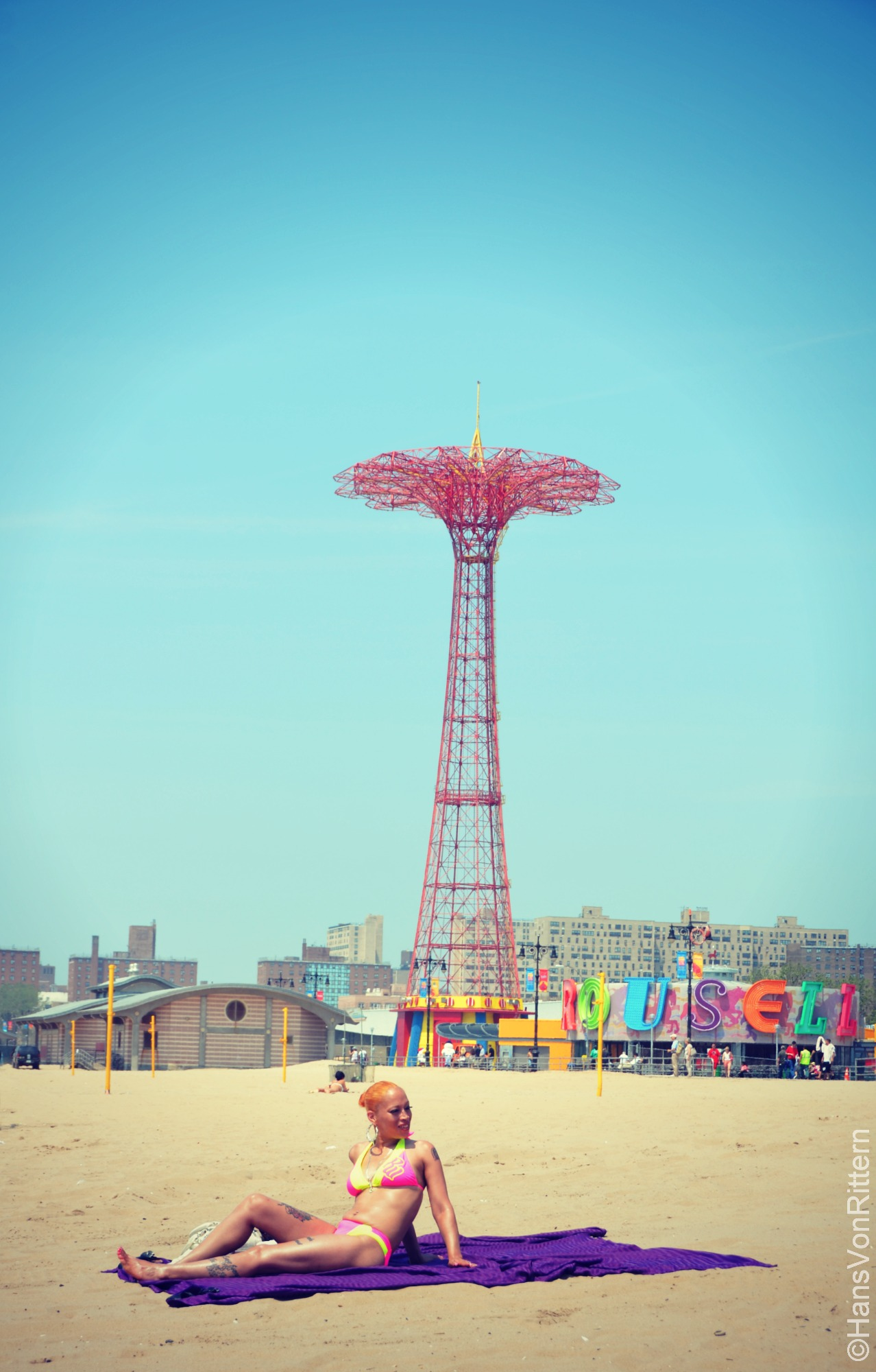 Photo Of The Day Coney Island Golden Girl With Parachute