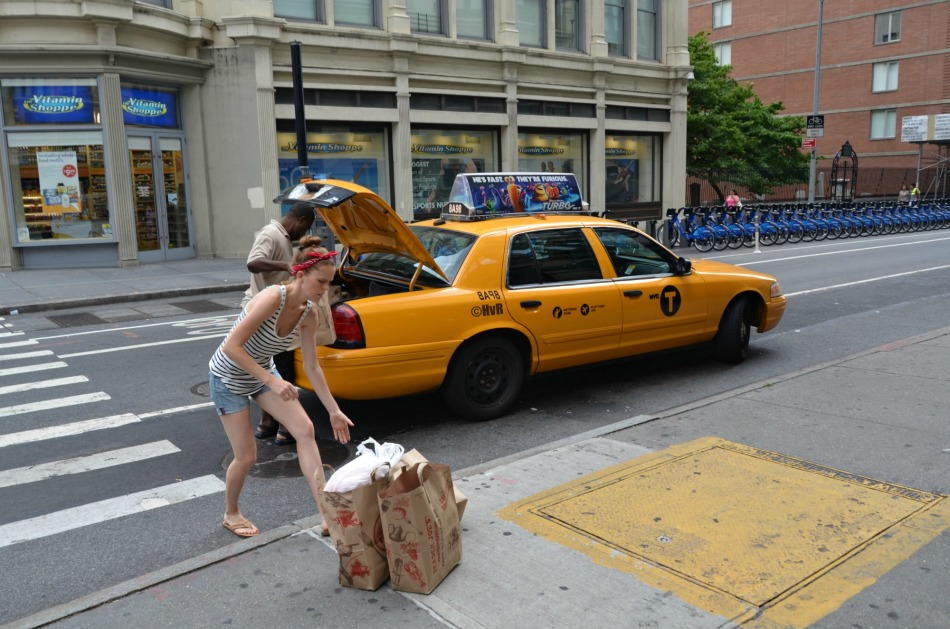 TAXI GROCERY SHOPPING