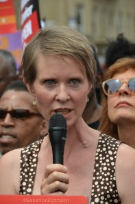 When Cynthia Nixon speaks - Susan Sarandon listens!