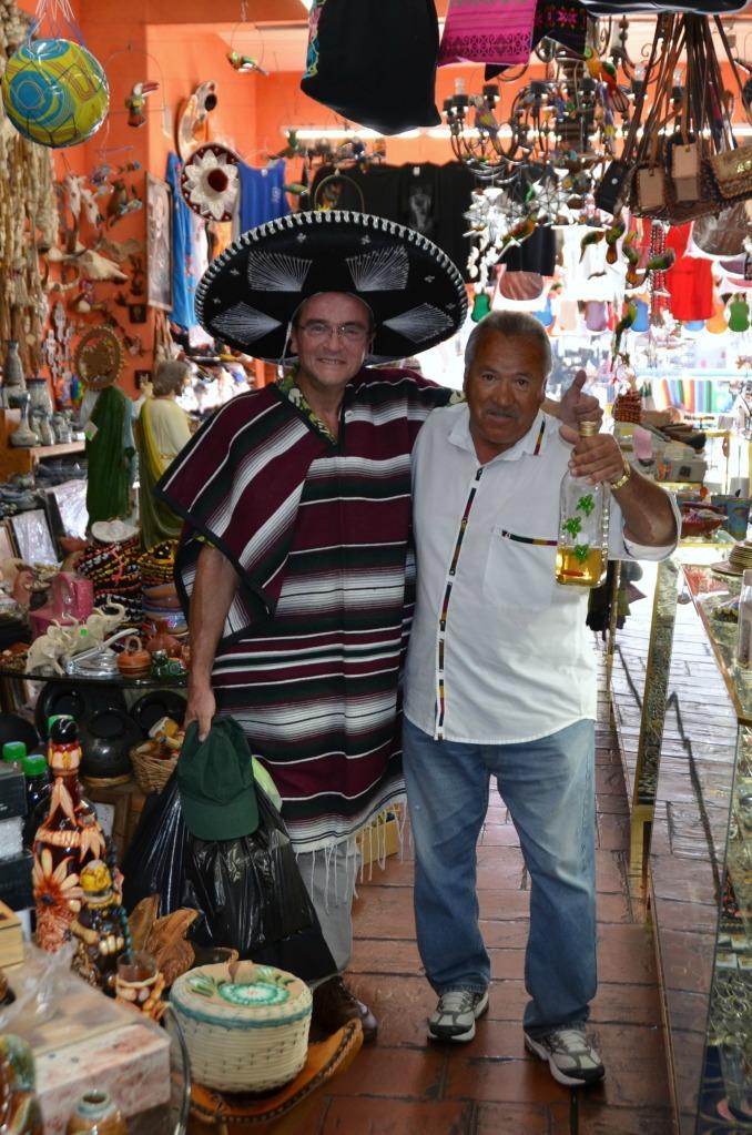 el Campanario Shop: Ave Revolucion No. 952, Tijuana, Mexico