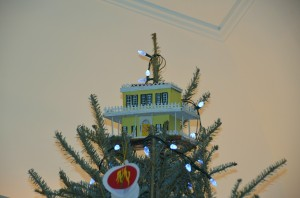 TREE TOPPER - GRACIE MANSION